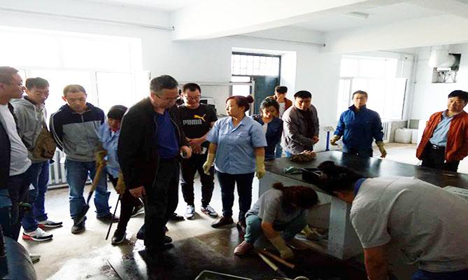 省建材院为中小企业开展混凝土技术培训